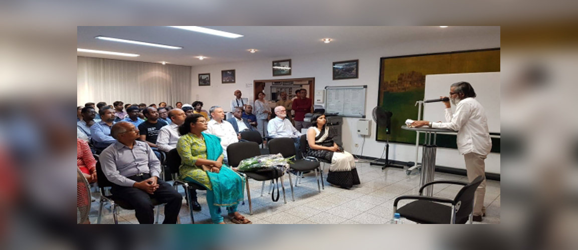 Dr. Sivakaran Namboothiri conducted a lecture on Veda and Ayurveda at the Consulate. Consul General Ms. Pratibha Parkar welcomed Dr. Namboothiri and the other participants.